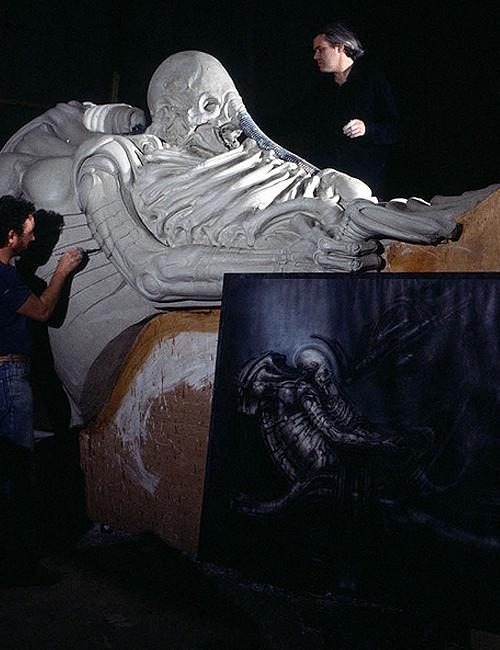 Hr Giger Alien On Set 02