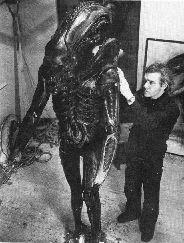 Hr Giger Alien On Set 05