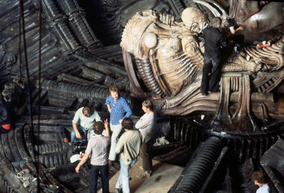 Hr Giger Alien On Set 06