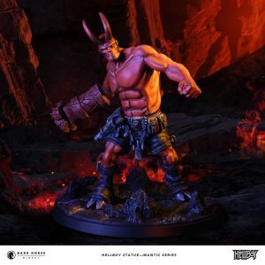 Hellboy Statue Large