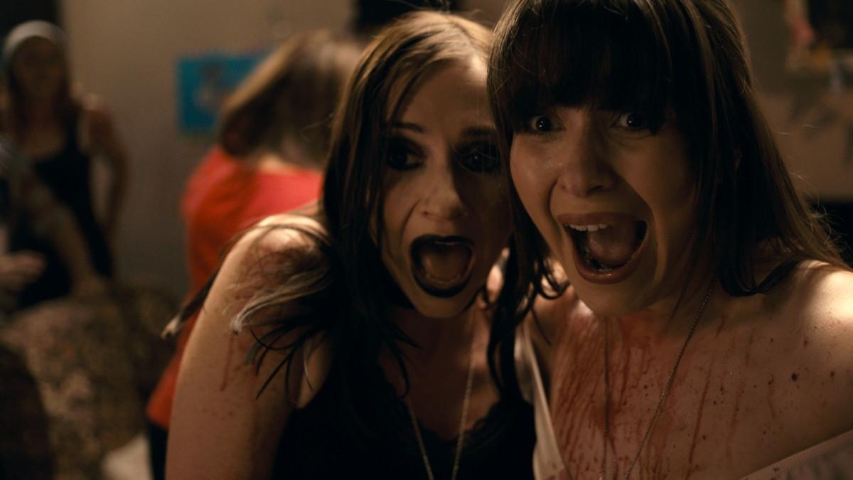 Beth (Lizzie Stanton) and Sophie (Lyndsey Craine)