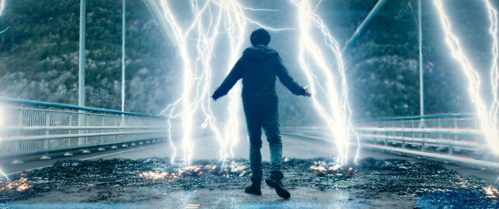 Eric - Nat Wolff - Controlling lightning at Hardanger Bridge.