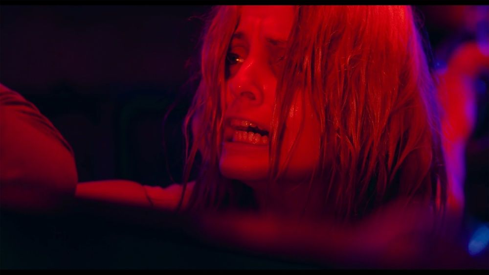 Mena Suvari as Michelle Wells in the thriller/sci-fi, WHAT LIES BELOW, a Vertical Entertainment release. Photo courtesy of Vertical Entertainment.