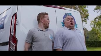 Cannibals And Carpet Fitters 05