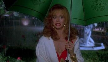 Death Becomes Her 04