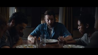 It Comes At Night 04